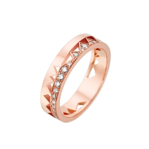 akillis-ring-in-pink-gold-half-set-with-white-diamonds-collection-capture-me - Valer, votre bijouterie à Nice